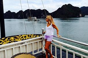 """Día 6: """"Calma al atardecer en la Bahía de Ha Long"""""""