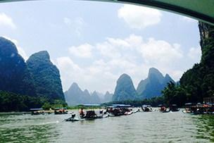 Día 10 - Ruta en Barca de bamboo por el Río Li